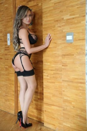 Spanish escort Laura Blanco ()