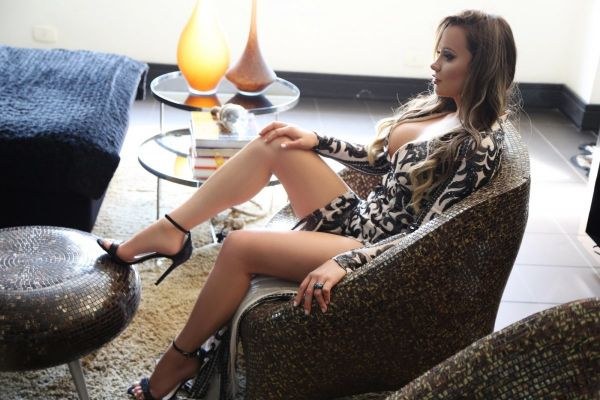 Dating services from stunning 25 y.o. Laura Blanco