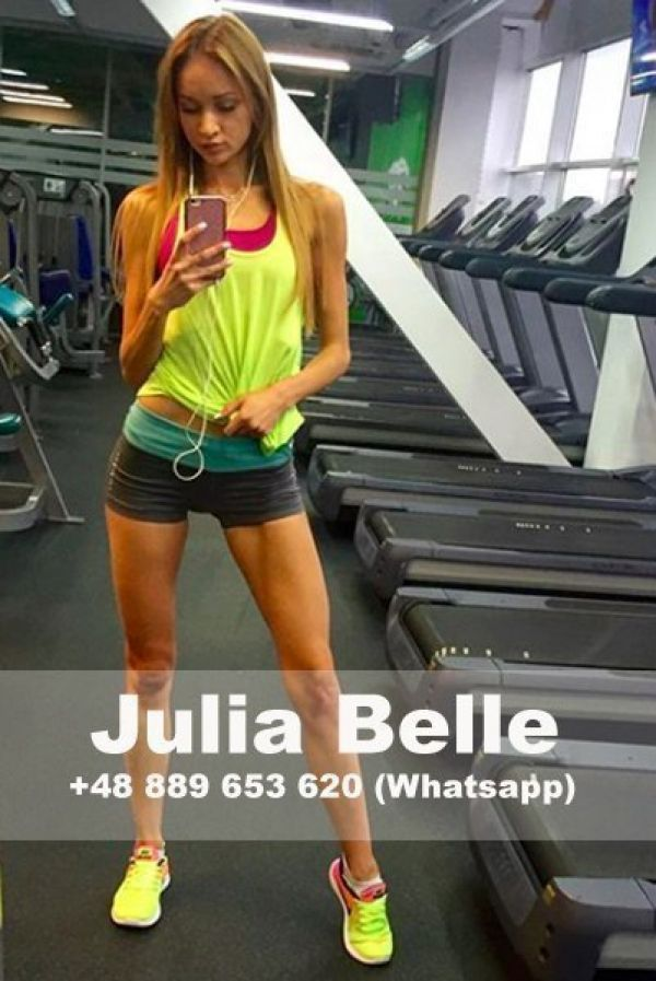 picture Julia Belle (dating)