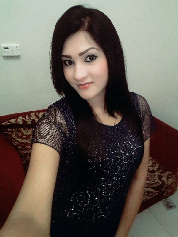 Sneha +601131449688 provides sex service in Singapore for SGD 350