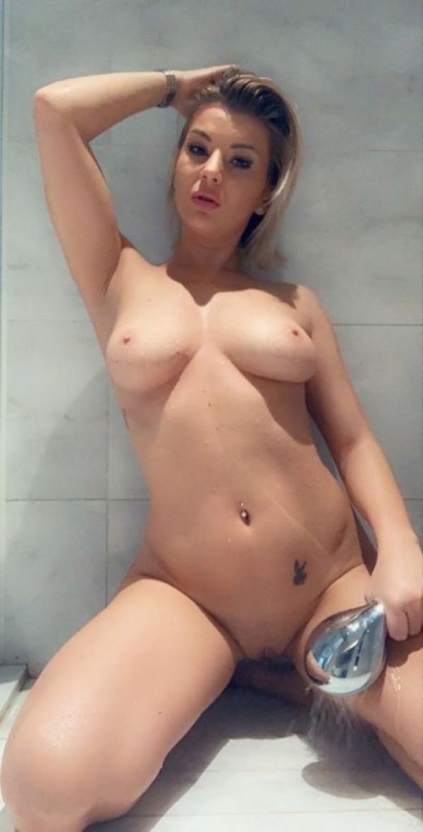 Sex with top escort in Singapore, call +41 791 361 097