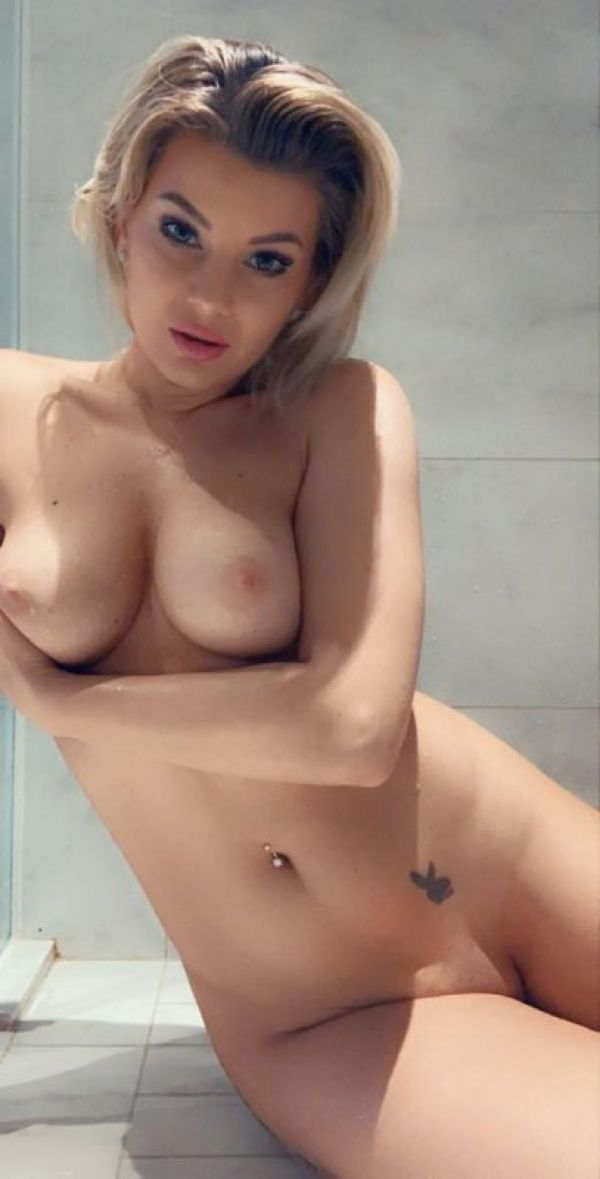 Escort call girl from Singapore will be yours tonight